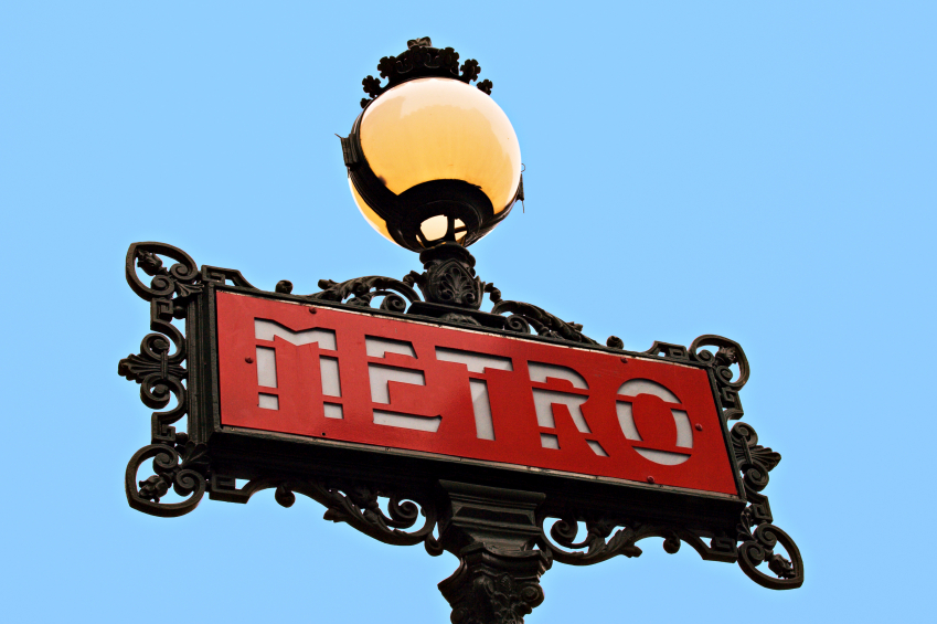Parisian metro sign