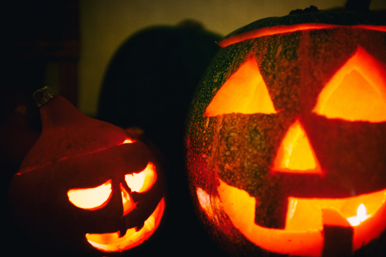 Halloween pumpkin lanterns http://barnimages.com/